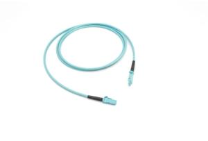01x MXC PLUG – 01x MXC PLUG 16F OM3 kábel kruhového prierezu